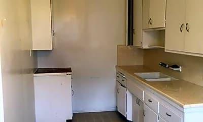 Kitchen, 2066 Cedar Ave, 0