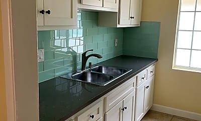 Kitchen, 3853 Potomac Ave, 0