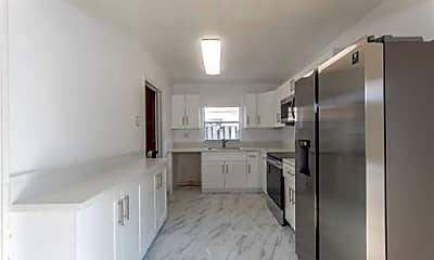 Kitchen, 405 SW 78th Terrace, 2