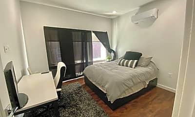 Bedroom, 824 N Calvert St, 1