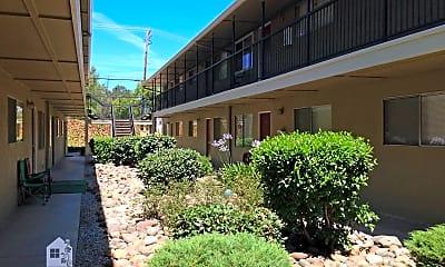 Building, 2045 Shasta St, 1