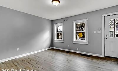 Bedroom, 471 W Princess St, 1