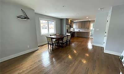 Living Room, 7 Allen Ln, 1
