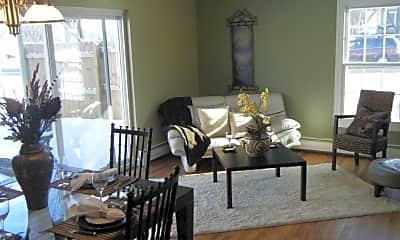 Dining Room, 5142 Fairview Ave, 1