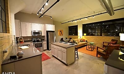 Kitchen, 3965 Laclede Ave, 1
