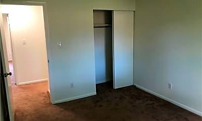 Bedroom, 5334 Commons Ct, 2