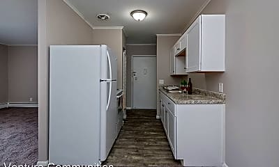 Kitchen, 2872 Montana Ave, 1