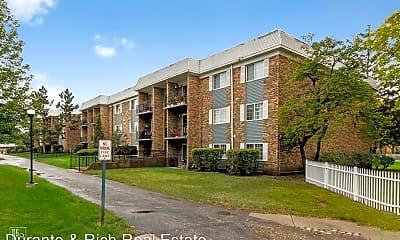 Building, 1633 N Windsor Dr, 2
