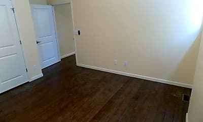 Living Room, 3439 Park Ave, 2