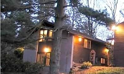 Building, 34 Heather Ln, 1
