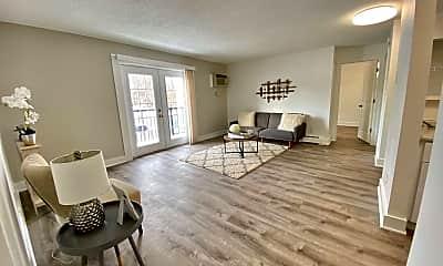 Living Room, 40 E McKinley Ave, 2