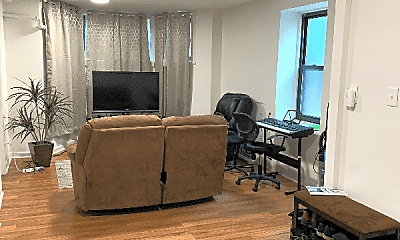Living Room, 1038 S Oakley Blvd, 0