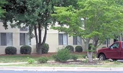 Winston Summit Apartments, 1
