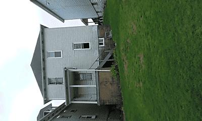 Building, 228 Cadwallader St, 1