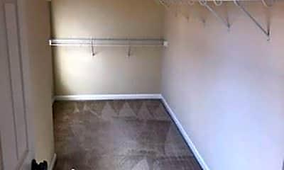 Bathroom, 124 Meadowhawk Ln, 2