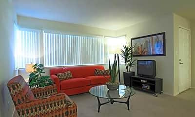 Living Room, Foxwood Apartment Homes, 1