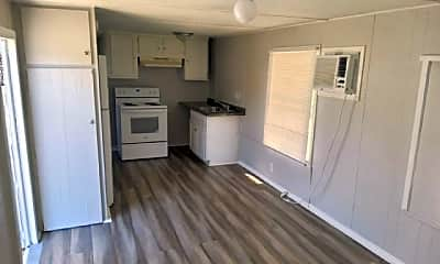 Kitchen, 4943 E Hillsborough Ave 42, 0