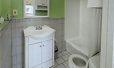 Bathroom, 511 Beacon St, 2
