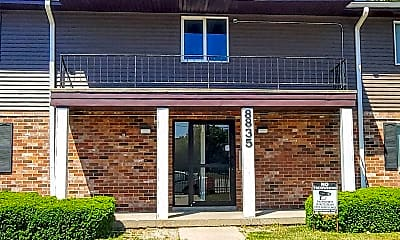 Building, 8835 N Swan Rd, 1