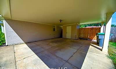 Living Room, 5156 Princeton Rd, 2