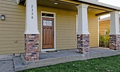 Building, 2326 N Farragut St, 1