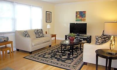 Living Room, 1201 E Ocean Ave, 1