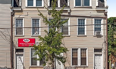Building, 509 Thropp St, 1