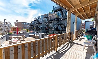 Patio / Deck, 2819 W Shakespeare Ave, 2