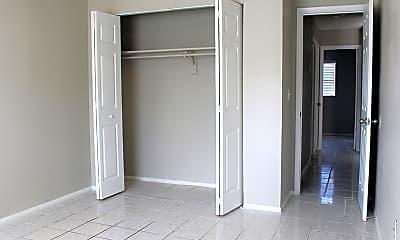 Storage Room, Stoneridge Pointe, 2