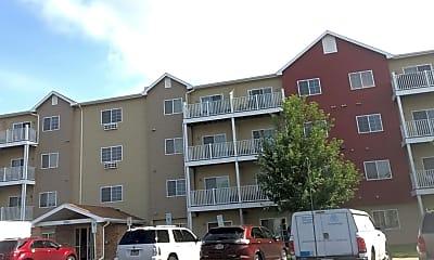 Foxmoor Apartments, 1