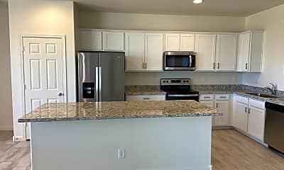 Kitchen, 7010 W Lawrence Ln, 1