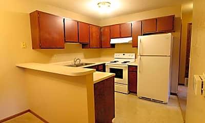 Kitchen, 3005 Woodland Ave, 0