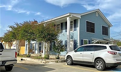 Building, 3546 S Alameda St, 1