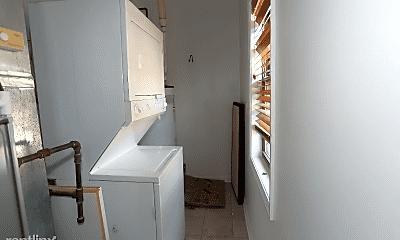 Bathroom, 2458 W Superior St, 2