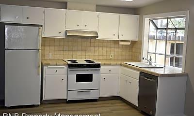 Kitchen, 4757 River College Dr, 2