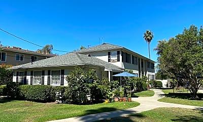 Building, 390 Pasadena Ave, 2