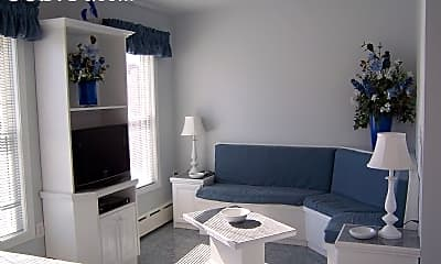 Bedroom, 190 Maverick St, 2
