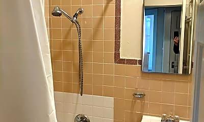Bathroom, 245 30th St, 2
