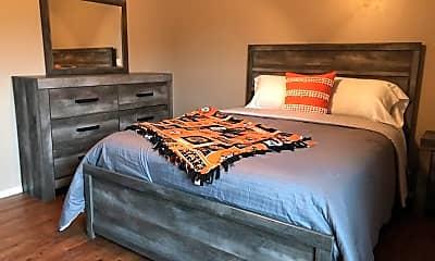 Bedroom, 513 S Gray St, 0