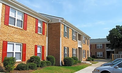 Building, Forest Cove Apartments, 1
