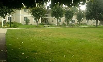 Ponderosa Apartments, 2