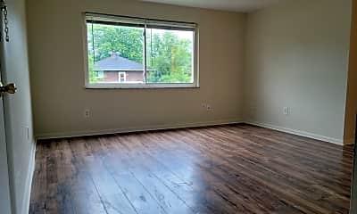 Bedroom, 400 N Cherrywood Ave, 2