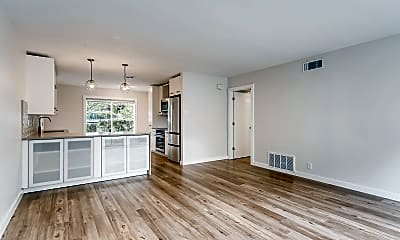 Living Room, 5326 Balcones Dr, 1