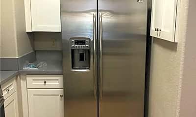 Kitchen, 2251 Wigwam Pkwy 415, 1