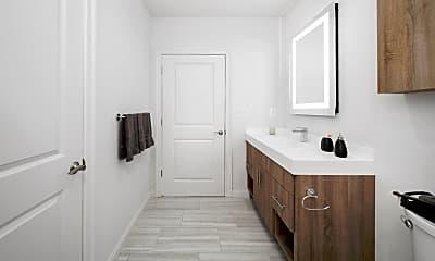 Bathroom, 218 Arch St 1011, 2