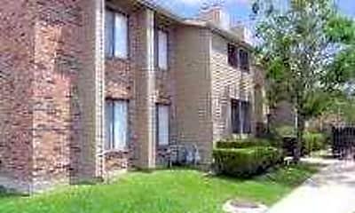Quail Hollow Apartment Homes, 1