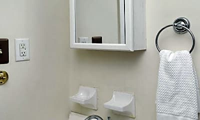 Bathroom, 1344 Royalty Ct, 2