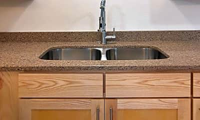 Kitchen, 1437 High St, 1