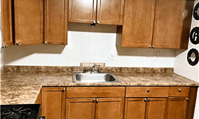 Kitchen, 835 River Rd, 2