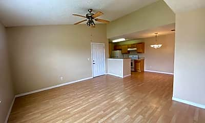 Living Room, 2131 Cascades Blvd, 1